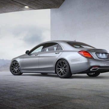 2019-Mercedes-Benz-S-Class-rear-exterior