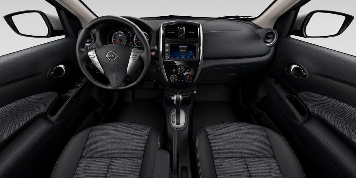 2019 Nissan Versa Dash