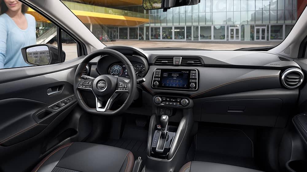 2020 Nissan Versa Dash