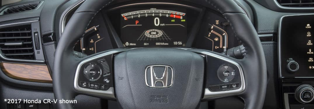 2017 Honda CR-V Steering wheel and dashboard