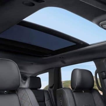 2019-Jeep-Grand-Cherokee-Interior-Gallery-5