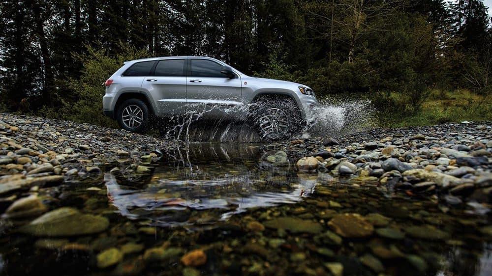 2020 Grand Cherokee off-roading