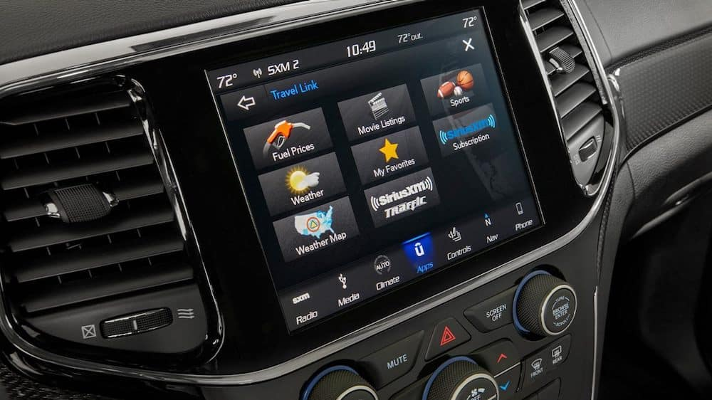 2020 Grand Cherokee touchscreen