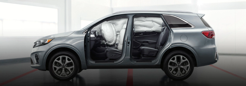 2020 Kia Sorento with deployed airbags
