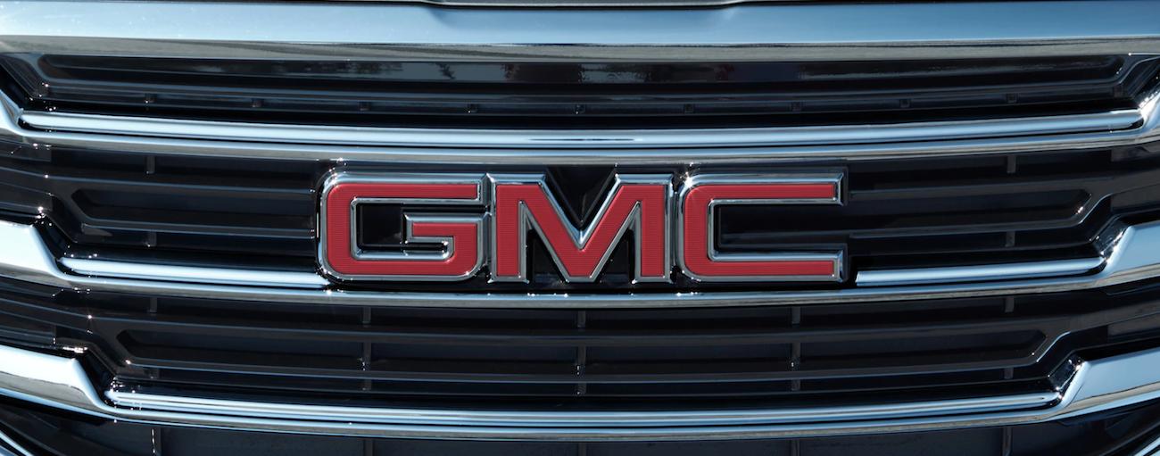 Closeup of 2019 GMC Terrain grille