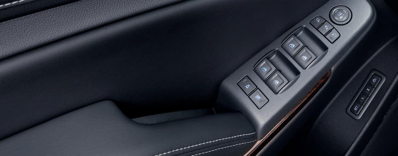 Black leather door controls on 2019 GMC Yukon