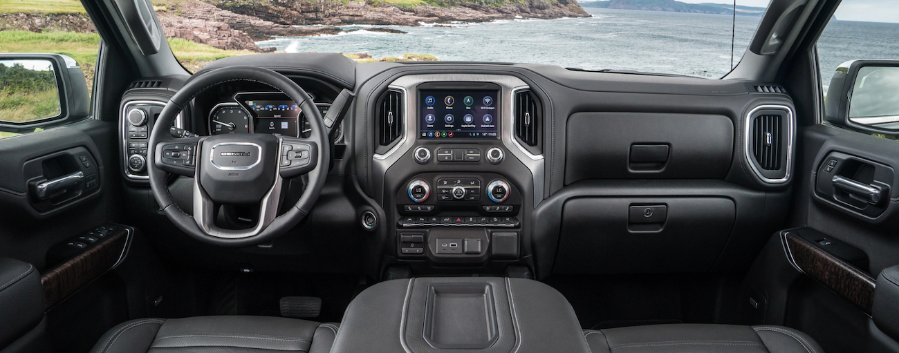 The high tech leather interior of the 2019 GMC Sierra 1500