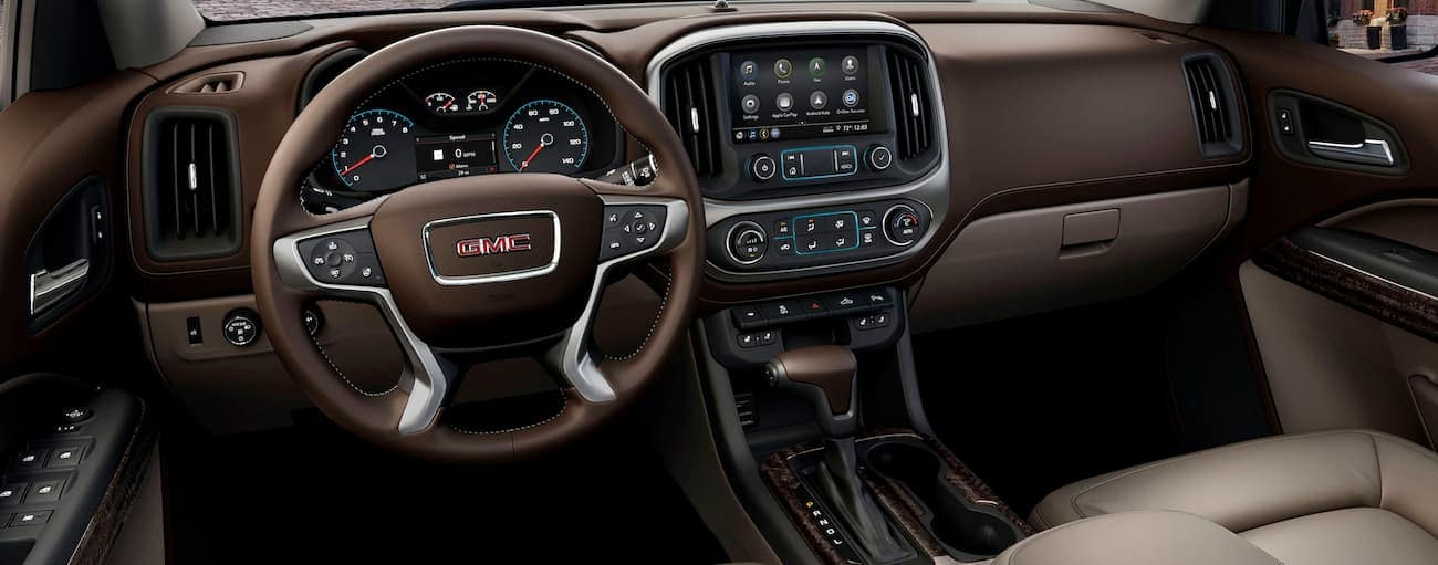The brown interior of a 2020 GMC Canyon is shown.