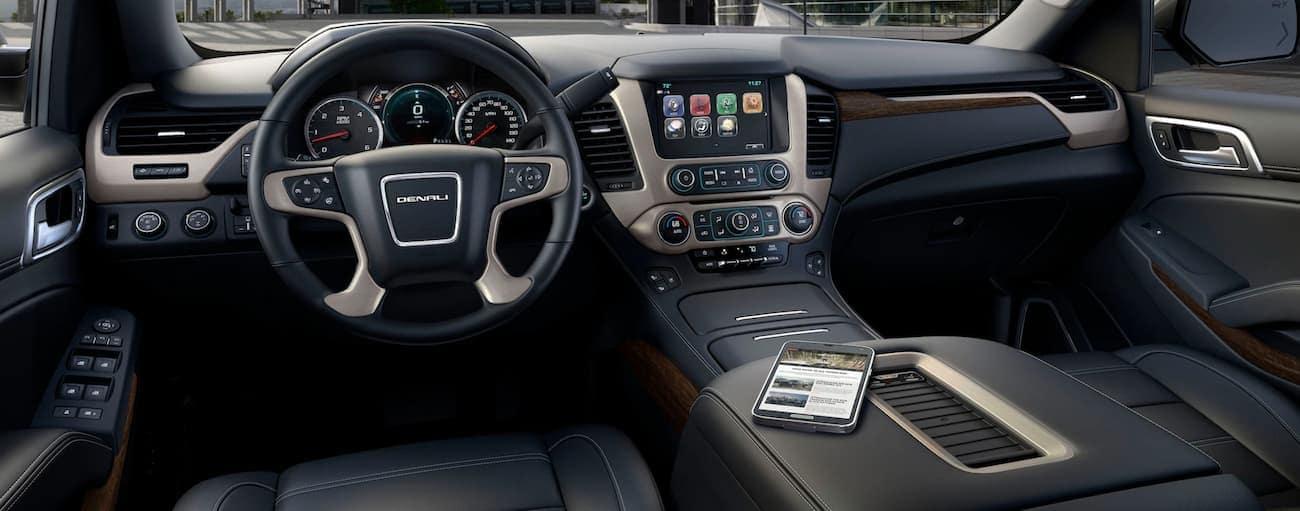 The dashboard of a 2020 GMC Yukon is shown.