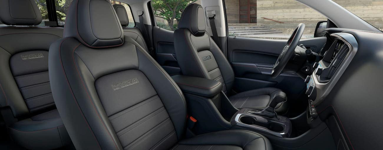 The balck interior of the 2020 GMC Canyon All Terrain is shown.