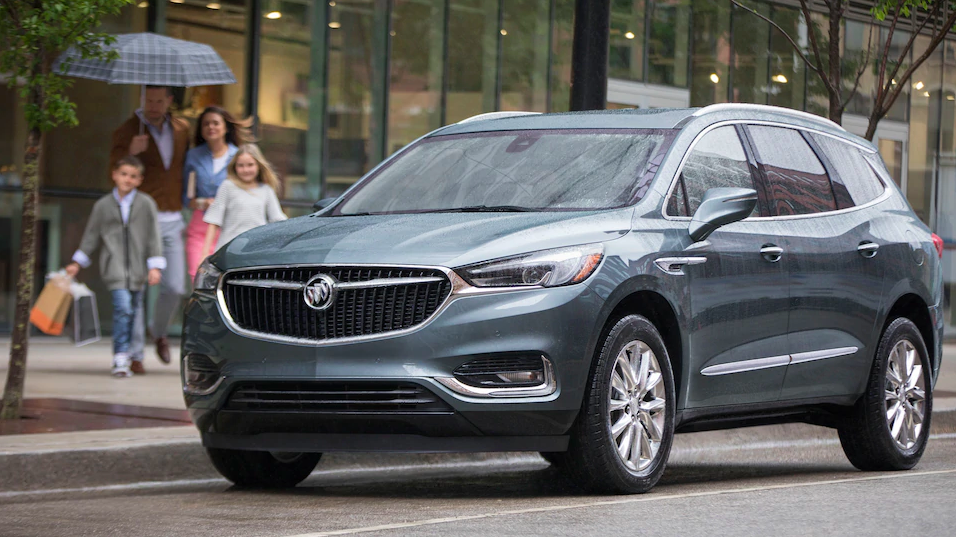 2019 Buick Enclave near family