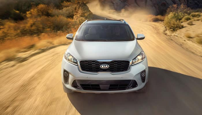 2019 Kia Sorento Driving on Dirt Trail