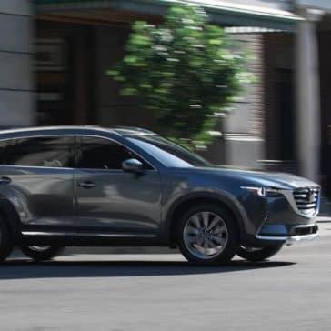 2019 Mazda CX-9 Driving in the city