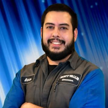 Adrian  Munoz