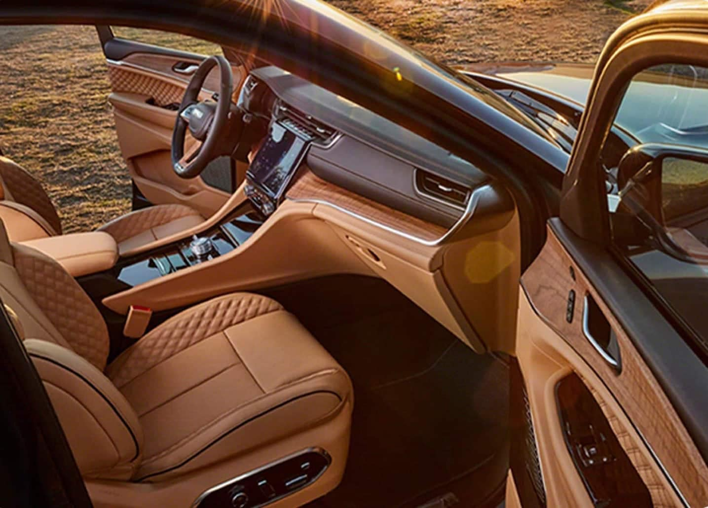 2021 Jeep Grand Cherokee L interior available in Salisbury MD