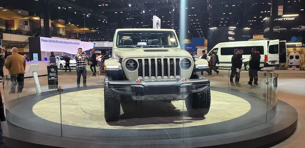 Jeep Gladiator Mojave Head-On