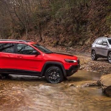 2019-Jeep-Cherokee-Exterior-Gallery-1