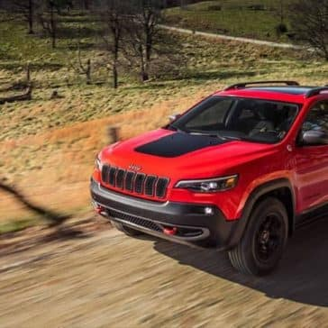 2019-Jeep-Cherokee-Exterior-Gallery-2