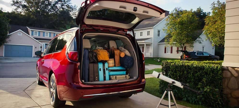 2019 Chrysler Pacifica with Full Cargo