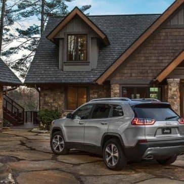 2019-Jeep-Cherokee-Exterior-Gallery-3