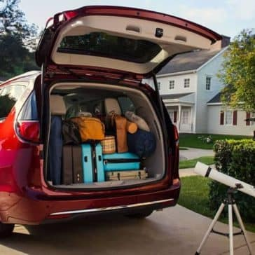 2019-chrysler-pacifica-cargo-space