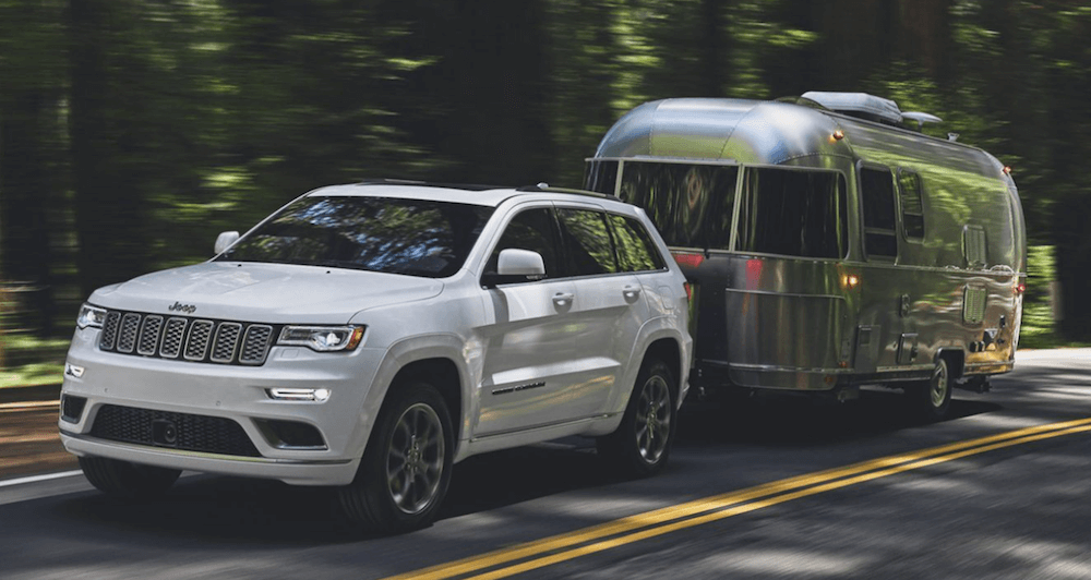 2020 Jeep Grand Cherokee Towing Banner