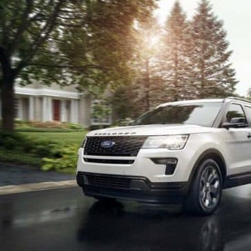 2019-Ford-Explorer-Driving-Down-Street