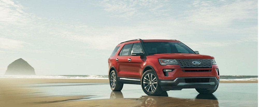 2019-Ford-Explorer-On-Beach