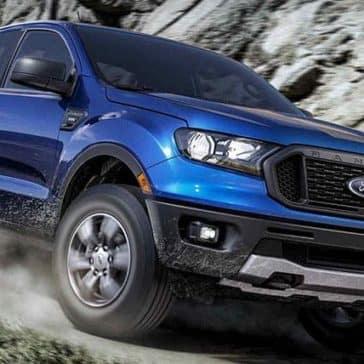 2019-Ford-Ranger-on-Mountain