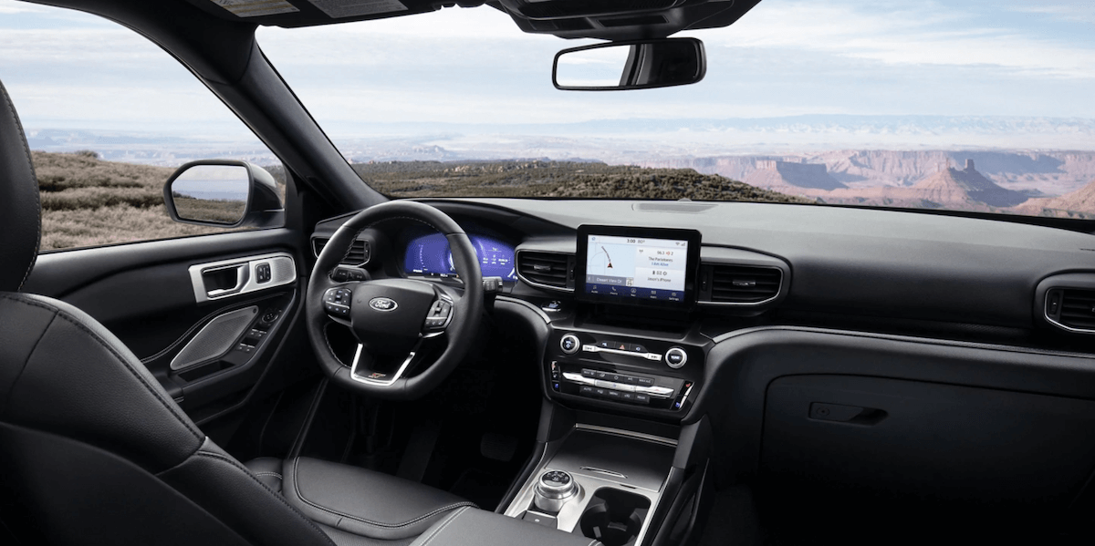 2021 Ford Explorer Interior Dashboard and Steering Wheel