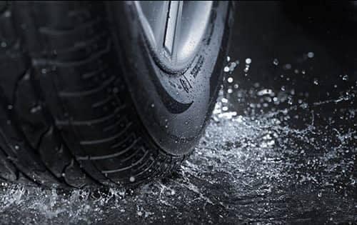 Tire-Rain1