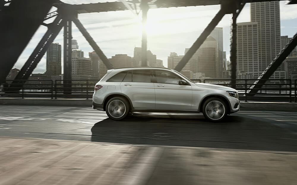 2018 MB GLC 300 exterior side view