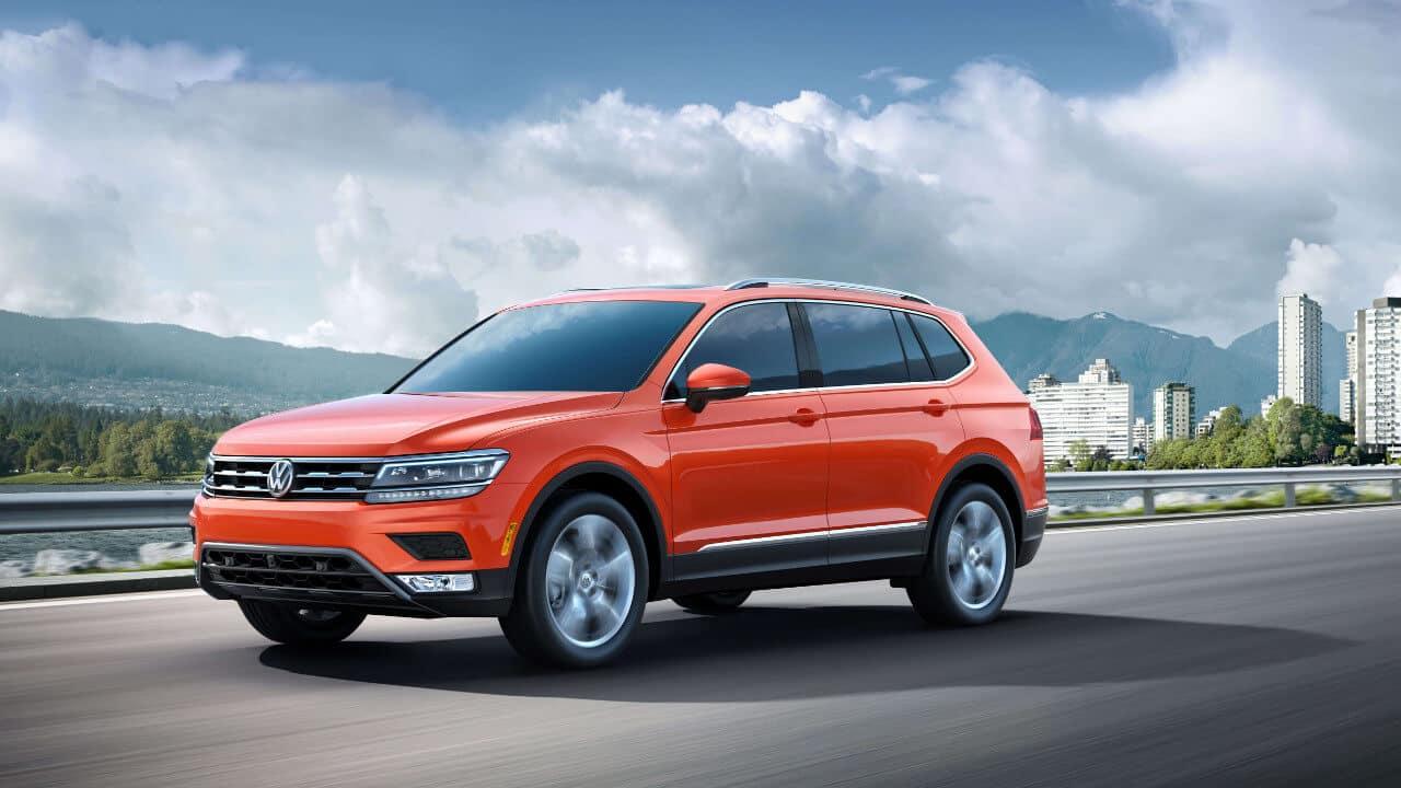 2018 Volkswagen Tiguan Parked