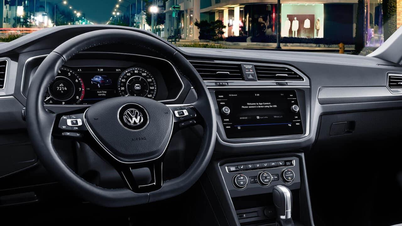 2018 Volkswagen Tiguan Dash