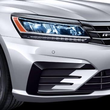 2019 VW Passat Headlight