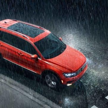 2019 Volkswagen Tiguan In The Rain
