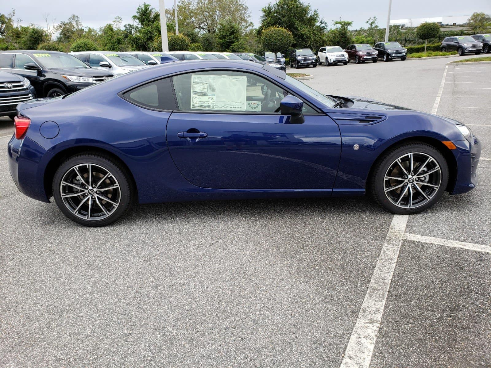 Test drive the new Toyota 86.