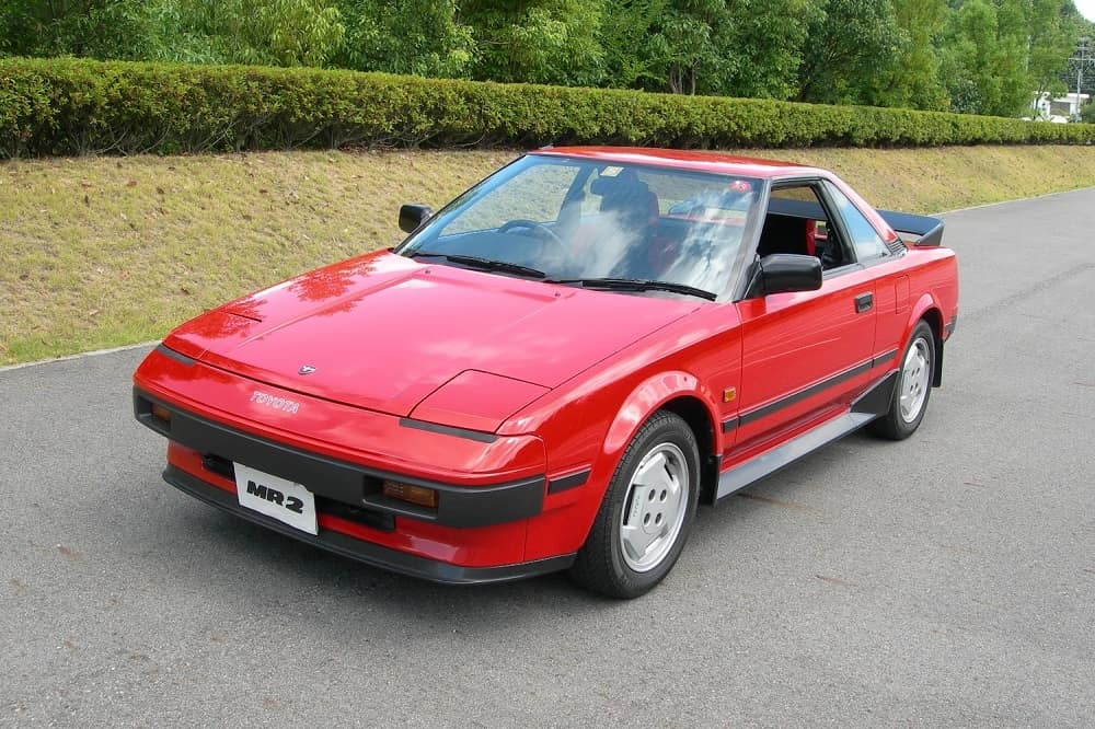 N Charlotte Toyota sportscar MR2 available.