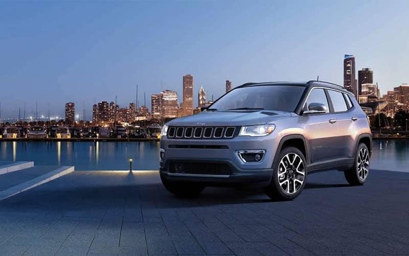 Jeep Compass Vs Jeep Cherokee >> 2019 Jeep Cherokee Vs 2019 Jeep Compass Jeep Suvs Tri