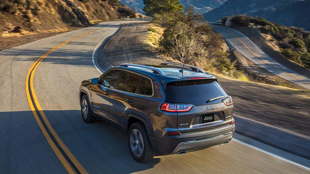 2020-Jeep-Cherokee-Rear